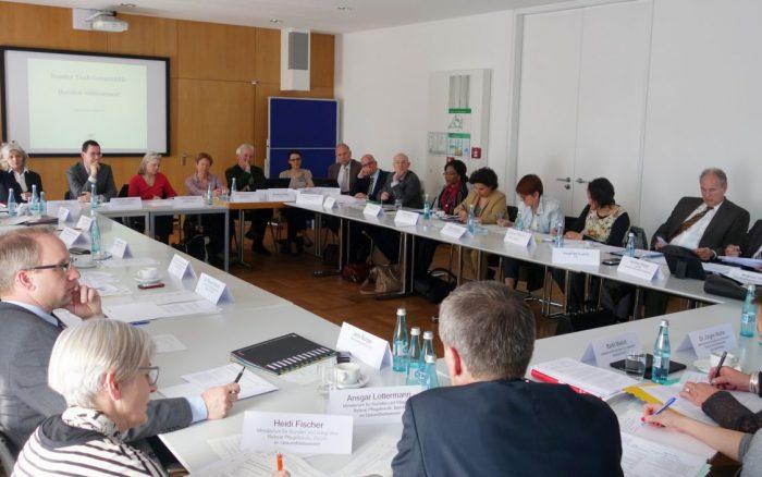Runder Tisch Geburtshilfe (c) Sozialministerium Baden-Württemberg